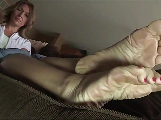 Amazing Meaty Soles With the addition of Hands