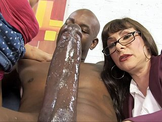 Casey Cumz Watches Their way Matriarch Gets Creampied Away from A BBC